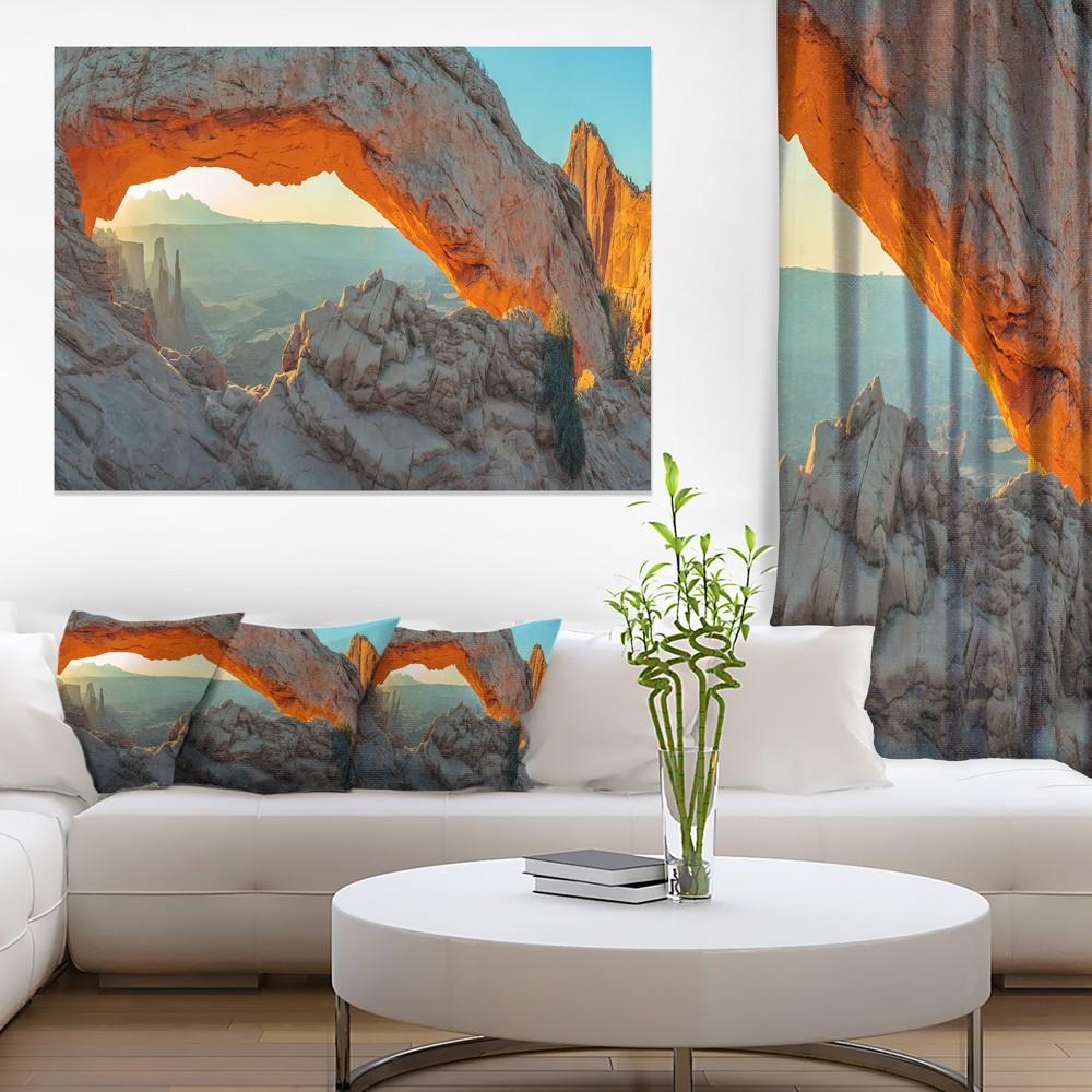 Designart Mesa Arch Canyon lands Utah Park - Landscape Canvas Art Print